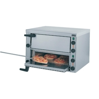 "Lincat PO89X Two Tier Pizza Oven (8x 10"" Pizzas) - 3 Phase"